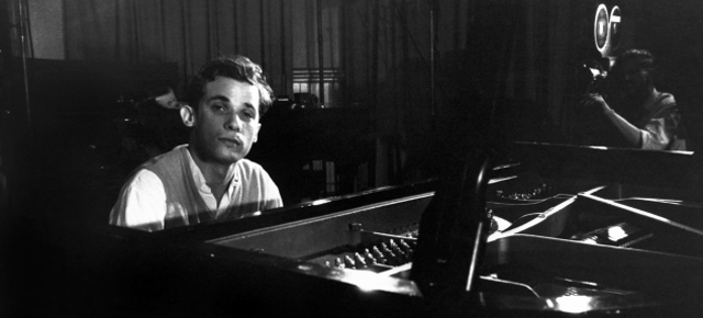 Glenn Gould: Two Portraits, One Musical Genius